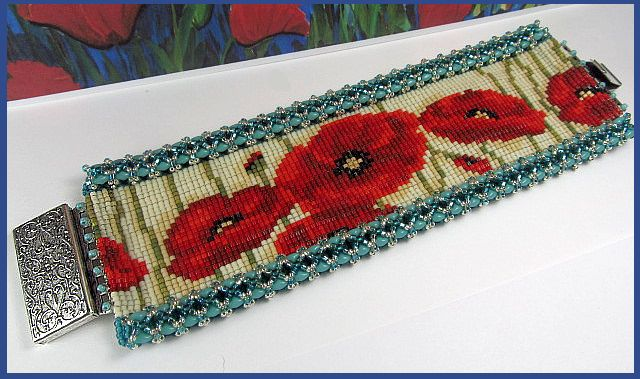 Poppy Loomed cuff
