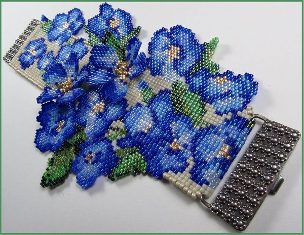 Forget Me Not Flower Bead Loomed Cuff