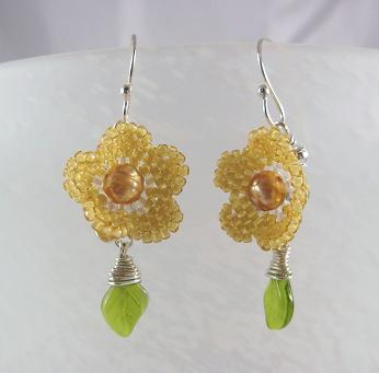 Gold flowers with leaf dangle